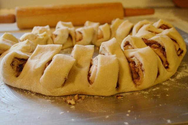 cinnamon dough cut (640x424)