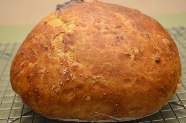 no knead finished loaf (640x424)