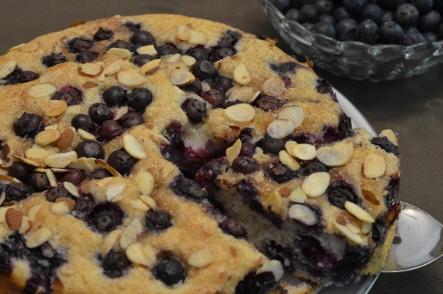 blueberry coffee cake (640x424)