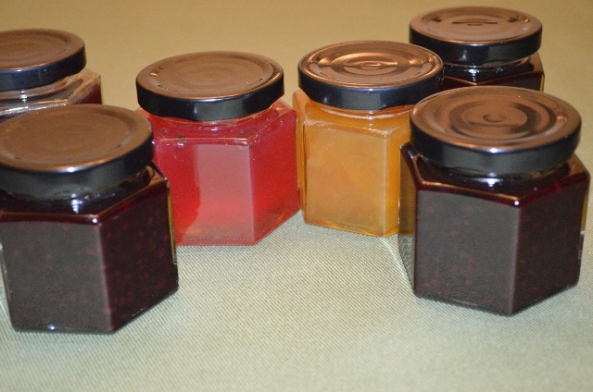 jelly jars (640x424)
