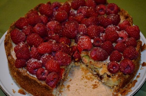 raspberry almond tart (640x424)